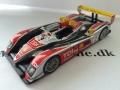 Audi R10TDI Le Mans 2008 Modelbil - IXO