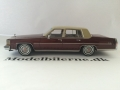 Cadillac Fleetwood Brougham 1982 Modelbil - NEO