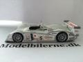 AUDI R8 No5 Le Mans 2003 Modelbil - IXO